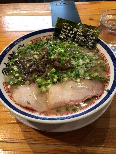 「ねぎラーメン+替え玉2杯」@博多長浜らーめん 田中商店の写真