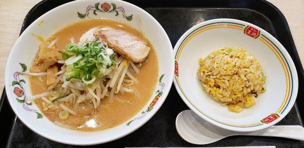 「王将ラーメン」@餃子の王将 グランツリー武蔵小杉店の写真