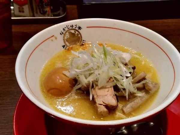 「鶏白湯醤油ラーメン(大盛・175g)780円」@らーめんや なかじゅう亭 高崎オーパ店の写真