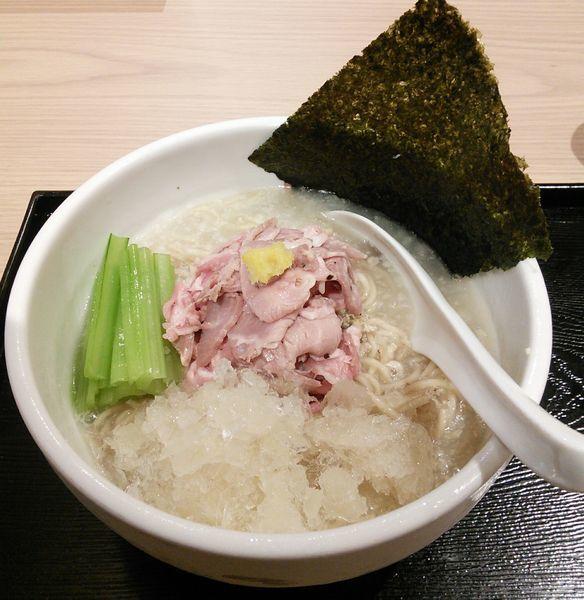 「【限定】冷やし縞鯵らーめん 918円」@真鯛らーめん 麺魚 錦糸町PARCO店の写真