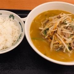 日高屋 神田西口店の写真