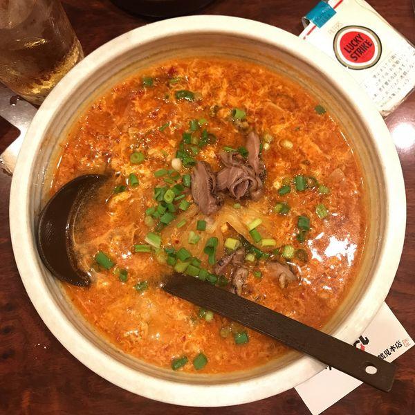 「宮崎辛麺(十辛)にんにくw」@辛麺屋 赤丸 鶴見本店の写真