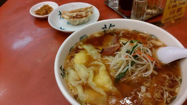 「ワンタン麺」@ラーメン古久家 長後店の写真