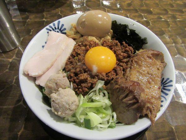 「トロ豚台湾まぜそば(1000円)+特級TP250円」@特級鶏蕎麦 龍介の写真