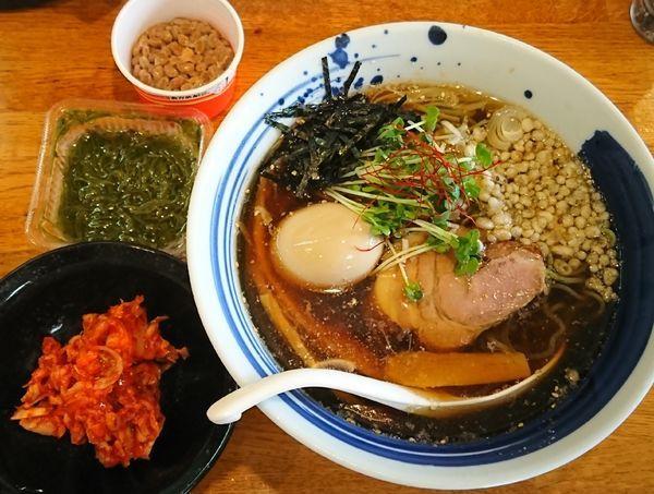 「【夏限定】翡翠麺の冷しそば ¥800」@麺屋 鶏口の写真