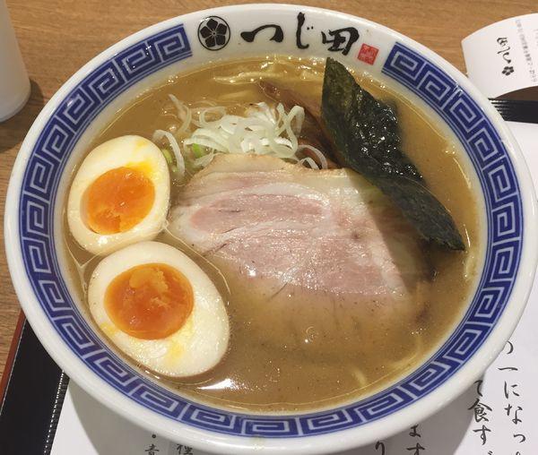 「濃厚らーめん」@つじ田 ららぽーと湘南平塚店の写真