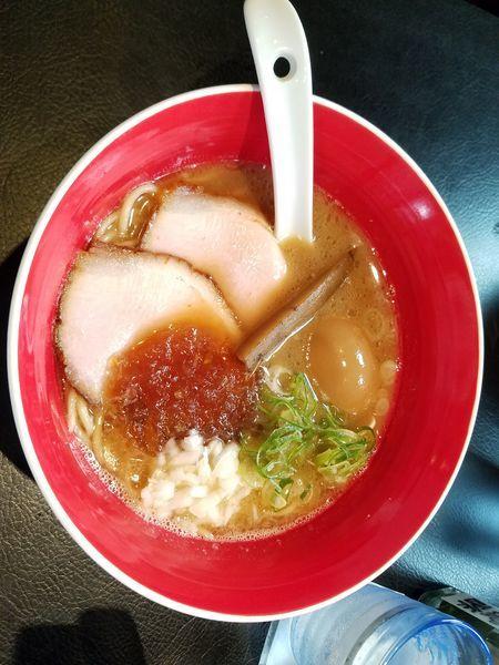 「濃厚魚介豚骨醤油 たまご」@men-eiji HIRAGISHI BASEの写真