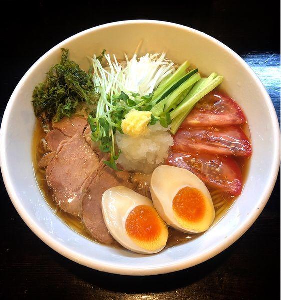 「【1日10食限定】冷やしとびうおらーめん(特製)」@麺や 笑 ~Sho~の写真
