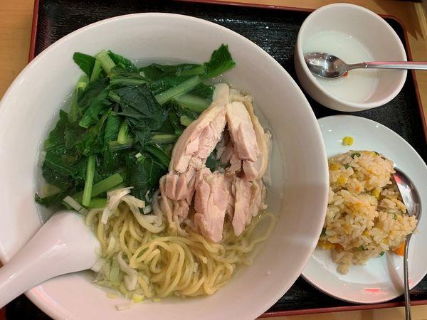 「蒸し鶏肉麺セット」@中華料理 美膳房の写真