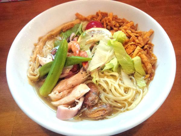 「【限定】魚介出汁の冷しラーメン ¥900」@自家製麺ラーメンKの写真