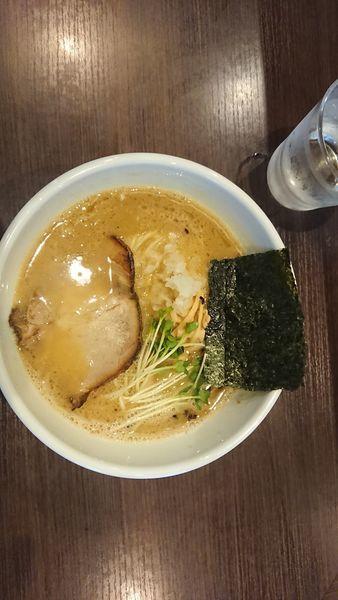 「濃厚中華そば」@自家製麺 まかないへきるの写真