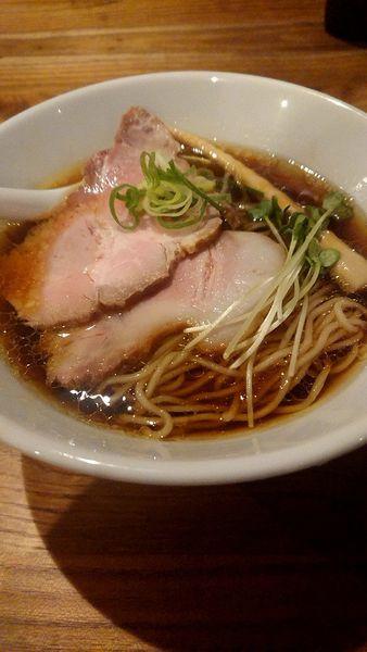 「醤油ラーメン」@地鶏らーめん とりじの写真