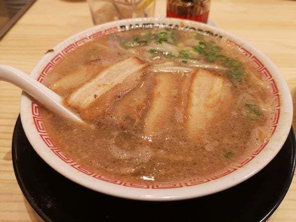 「背脂醤油ラーメン」@ラーメンまこと屋 富田林甲田店の写真