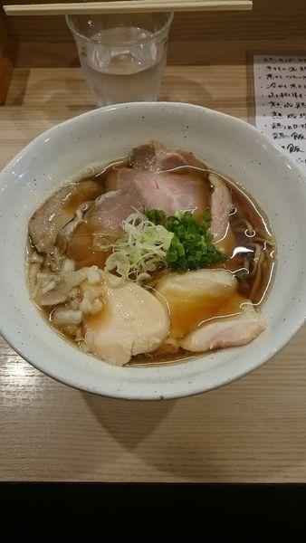 「煮干ブラック鶏そば」@麺処 鶏谷の写真