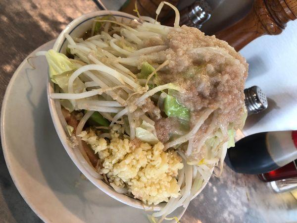 「ラーメン 中 ニンニク 脂 野菜少し多め」@らーめん大 練馬店の写真