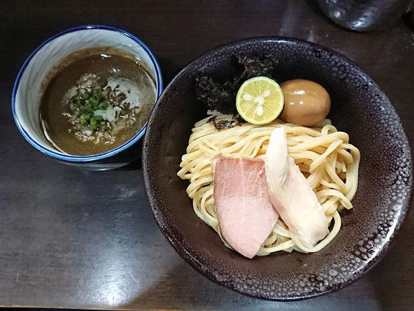 「濃密な煮干しつけそば+和え玉」@中華そば いづるの写真