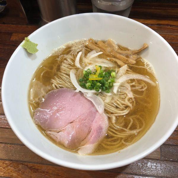 「鯵煮干しの塩そば」@町田汁場 しおらーめん進化 町田駅前店の写真