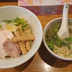麺酒処 鳥志の写真
