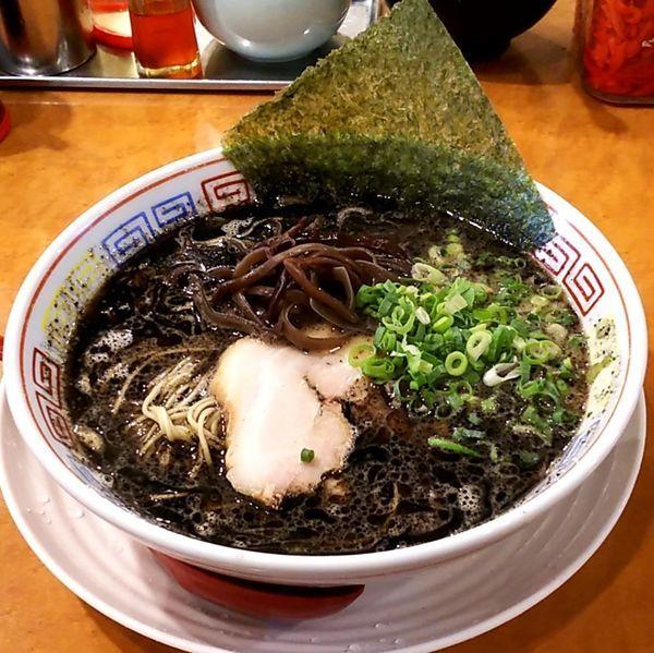 「黒豚骨ラーメン(醤油)」@つけ麺中華そば 節 本八幡店の写真