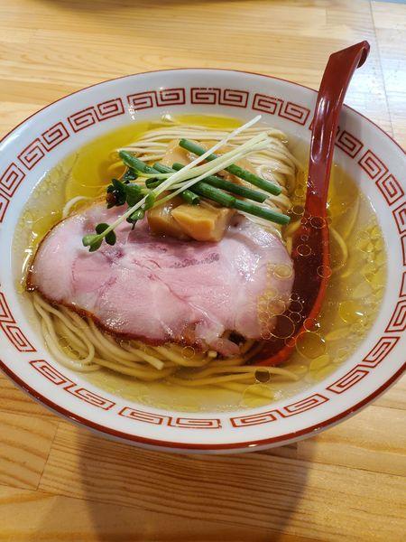 「(竹)中華そば 白醤油」@自家製麺 くろ松の写真