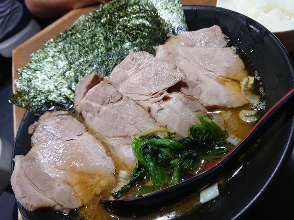 「チャーシュー麺 中と海苔」@麺家 黒の写真