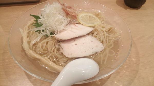 「冷やしらぁ麺(850円)+大盛(100円)」@らぁ麺 鳳仙花の写真