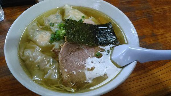 「塩雲呑麺 1050円」@伊達屋の写真