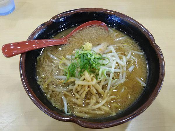 「味噌ラーメン750円」@北海道らーめん 麺処うたり 平塚四之宮店の写真