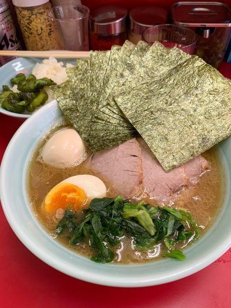 「特製ラーメン」@横浜家系ラーメン 武蔵家 千歳烏山店の写真