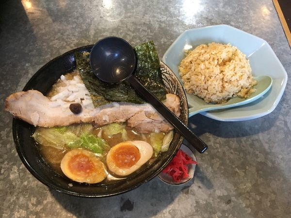 「かん太醤油スペシャル+半チャーハン」@麺家 かん太郎の写真