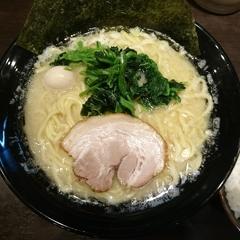 横浜家系ラーメン 太田商店の写真