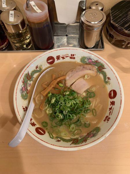 「らーめん(こってり 並)780円」@天下一品 池袋店の写真
