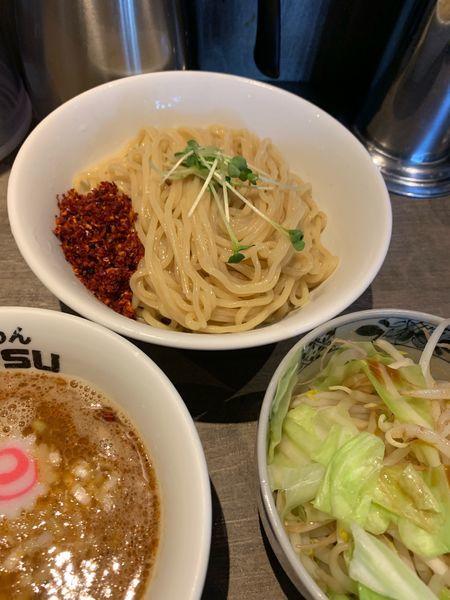 「辛つけ麺大盛、野菜」@つけめんTETSU あざみ野店の写真