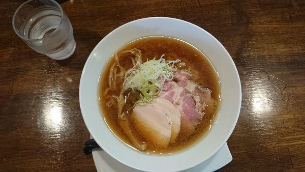 「醤油らぁめん+チャーシュー」@麺.SUZUKiの写真