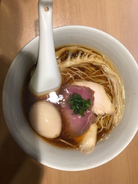 「特製醤油ラーメン」@らぁ麺 はやし田 新宿本店の写真