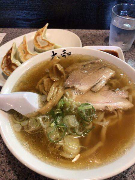 「ラーメンと3個餃子」@佐野青竹手打ちラーメン 大和の写真