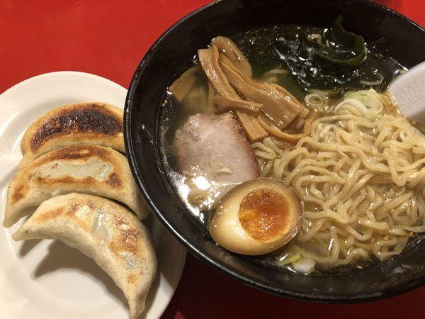 「塩ラーメン(大盛)&餃子」@味のきんせいの写真