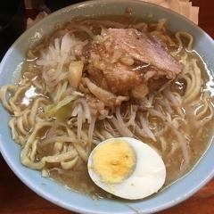 ラーメン富士丸 西新井大師店の写真