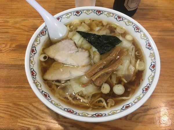 「ワンタン麺」@春木屋 荻窪本店の写真