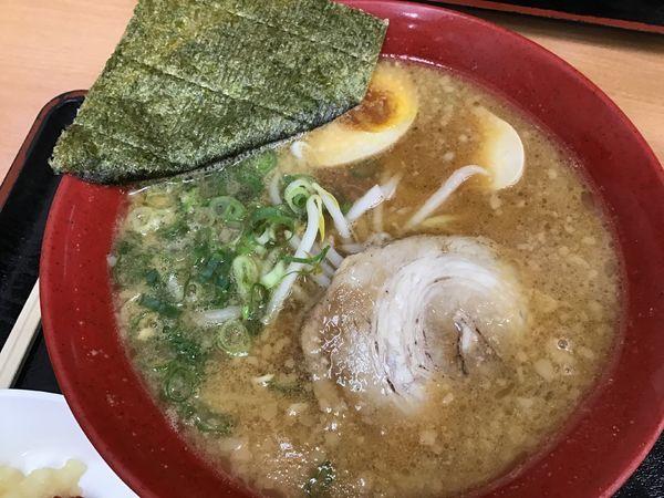 「にんたまラーメン味噌620円」@ゆにろーず 千葉ニュータウン店の写真