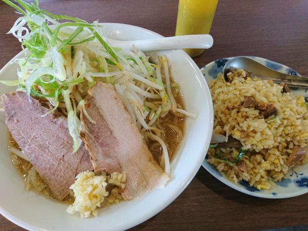 「がっつりラーメン¥760+半炒飯¥360」@ラーメン岩佐 2号店の写真