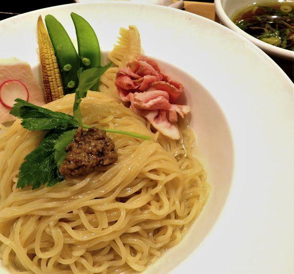 「鶏とボルチーニ茸の醤油つけSOBA(1,000円)」@銀座 篝 本店の写真