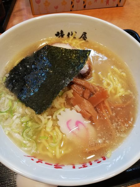 「にぼし塩ラーメン」@名代にぼしラーメン時代屋 保谷駅前店の写真