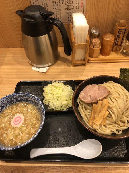「つけ麺 中+ネギ」@舎鈴 池袋東口店の写真