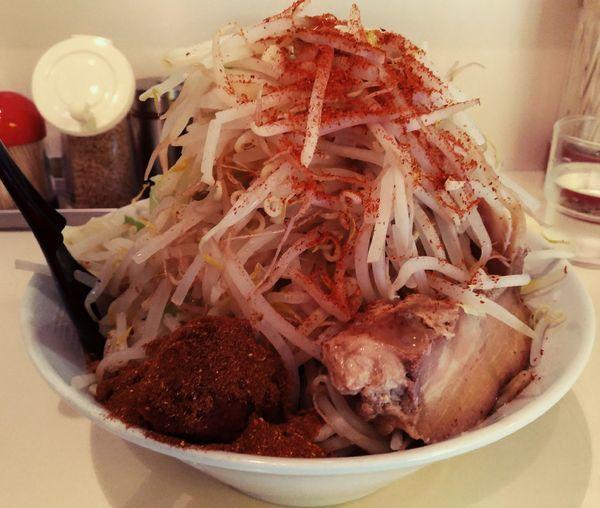 「ぶんすけ裏+激辛玉」@麺家ぶんすけの写真