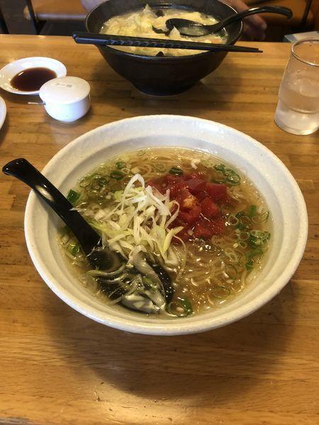 「トマト塩ラーメン」@ちりめん亭 津新町店の写真