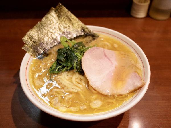 「らーめん(もも肉)…700円」@らーめん飛粋の写真