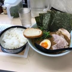 横浜家系ラーメン田中の写真