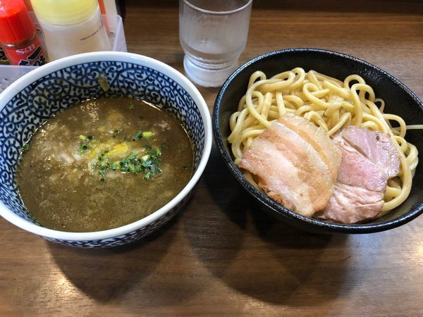 「極濃煮干しつけ麺850円+中盛60円増」@煮干しつけ麺 宮元の写真
