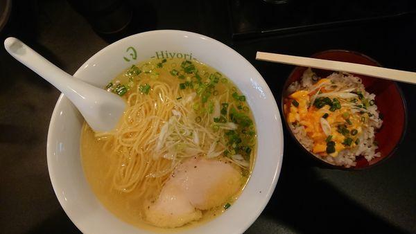「鶏そば(塩)+味玉ごはん(ランチサービス)」@鶏そば 日和-Hiyori-の写真